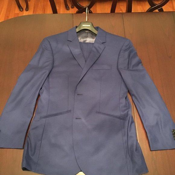 Men's Blue Indochino Suit (Brand New, Never Worn)